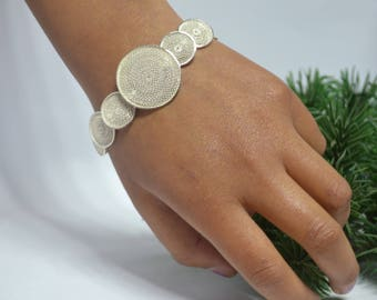 Illusion, bracelet in sterling silver with the Huanca filigree technique.