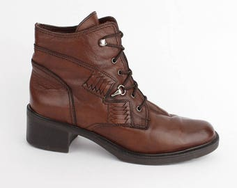 EU 36 brown ankle boots women - vintage brown leather winter shoes size UK 3.5 / US 6 - 80s boho women - laced up booties with soft lining