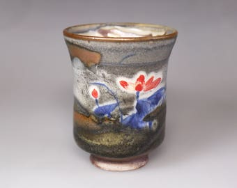 Glost-fired Earthen Teacu/Lotus painting;Handmade;Taiwan pottery;Japanese style;Ceramicware;gifts;pottery;Multi-coloured cup; tea ceremony
