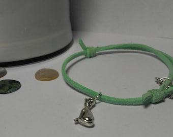 CRAZY CAT LADY: adjustable bracelet, green suede, silver cat charm, vintage medallion, Star