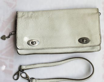 Vintage White Leather Clutch Bag/Memo's