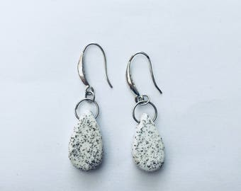 Drop earrings white ceramic speckled