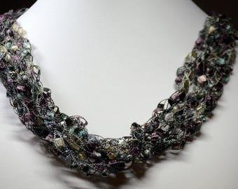 Dusty Mauve Ladder Lace Necklace