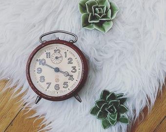 Vintage alarm clock Smi