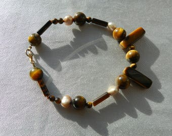 Bracelet, Tiger's Eye with Champagne Pearls