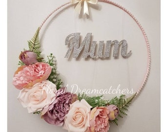 Floral hoop with Mum in silver glitter