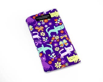 Purple Cat fabric Eyeglass Reader Case. Multi-functions as a checkbook case or cell phone pouch.