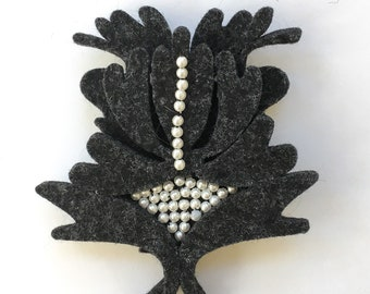 Felt Pin with Seed Pearls