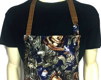 Wolf Apron for men , Professional Chef Style Apron with Wolves / Adjustable with Pocket / Wolf Pack apron / Cabin kitchen decor
