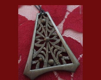 30% OFF Vintage 1960's Pewter Pyramid Pendant Necklace, Hippie Jewelry