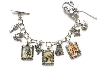 CLOSING DOWN SALE Alice In Wonderland silver bangle charm bracelet