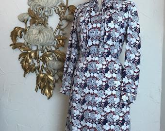 1970s dress op art print vintage dress psychedelic dress size large blue and white dress long sleeve dress novelty print dress