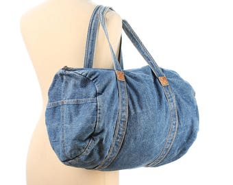 Vintage Duffle Bag 80s Denim Duffel Bag Yoga Gym Bag Blue Denim Hippie Retro Shoulder Bag size Medium