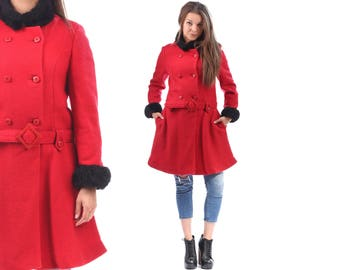 Vintage RED COAT Wool Mini 60s Double Breasted Duster Jacket Black Collar Coat Faux Fur Trimmed Coat Pockets Outerwear Small to Medium