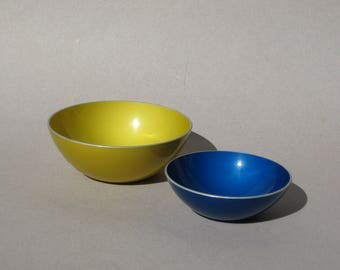 Emalox Norway Bowls Modern Anodized Aluminum Snack Bowls Chartreuse and Blue Mid Century Decor