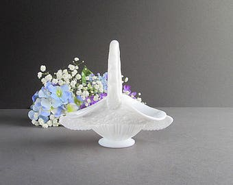 Vintage Milk Glass Basket, Small Flower Basket, Milk Glass Wedding Decoration, White Glass Basket