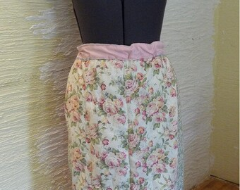 Handmade Skirt, Recycled Pillowcase, Drawstring Waist, Unique Clothing, Wooden Beads, Quilted Front, Recycled Fabrics, Vintage Fabrics, Pink