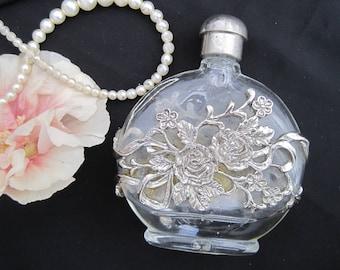 Vintage perfume scent bottle Art Nouveau filigree ormolu plated