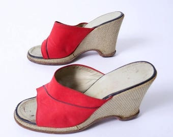 Summer Sale Vintage Christian DIOR 70s Open Toe Wedge Mules Red Canvas Burlap Heel 8W 8.5// 96