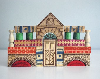 Wooden Building Blocks, Architectural Blocks, Vintage Construction Set, 1940s 1950s Building Set, Dovetailed Wood Box, Western German Toy