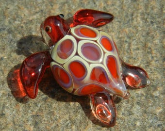 Lampwork Boro Glass Pendant - Focal Bead - SEA TURTE SMALL red