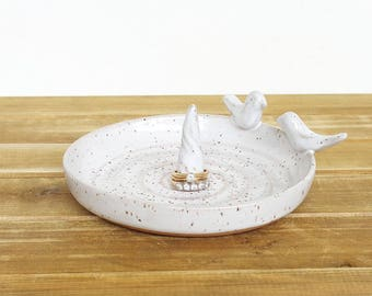 Wedding Ring Dish in Glossy White Speckled Glaze with Two Birds, Gifts for the Couple, Bridal Ring Dish