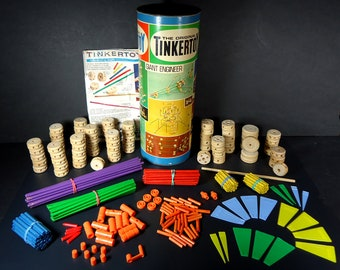 Vintage 1972 TINKERTOY Set No. 155 - Giant Engineer by Questor with Instruction Booklet - 293 of 315 pieces