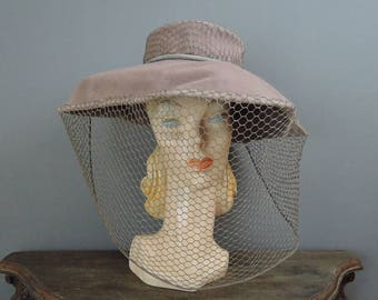 Vintage 1950s Wide Brim Hat Grey Felt with Face Veil, Bullock's Wilshire, 21 inch head, 17 inches wide