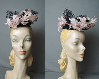 Vintage Topper Hat 1940s, Pink Feathers & Black Net Bows on Felt