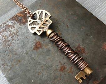 Skeleton Key Necklace / Antique Key / Assemblage Necklace / Key Necklace / Steampunk / Daniellerosebean / Long Necklace