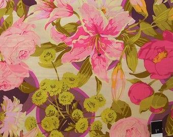 ON SALE Martha Negley MN52 Flower Market Bunches Grass Cotton Fabric 1 Yard