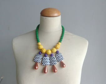 Yellow Green bib necklace, colourful chunky necklace, modern necklace, green yellow black white necklace, pop necklace, polka dot necklace