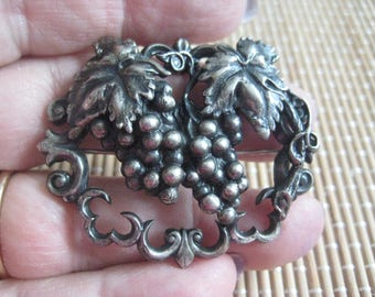 Victorian Art Deco Art Nouveau Style Pin with 2 Clusters of Grapes in Silver Plated Brass