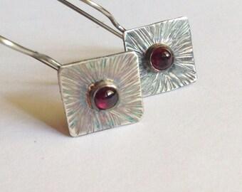 Garnet Earrings with Textured Sunburst Pattern - January Birthstone - 25th Anniversary Gift
