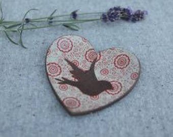 Heart Dish in Stoneware with Bird Silhouette and Red Pattern Glaze