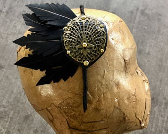 Black trimmed feather band
