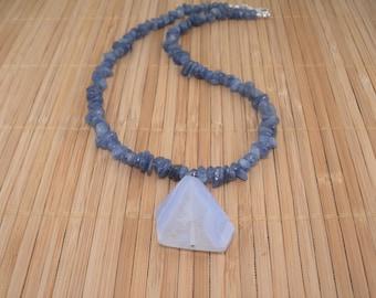 Blue Lace Agate Necklace Blue Kyanite Light Blue Dark Blue Gemstone Necklace 17 inch Chunky Necklace Denim Blue Stone Necklace Rare Find