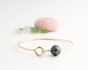 Simple Tahitian Pearl Bangle w/ Clasp, Handmade, Stackable, Oval, 14k Gold Filled, Simply Me Jewelry Clasp & Tahitian Pearl Bangle, SMJBR612