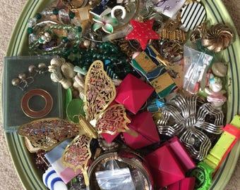 Destash HARVEST LARGE Lot Vintage Jewelry Bits Pieces Creating Grab Bag, Junk Drawer, Treasures, Retro, necklaces, brooche