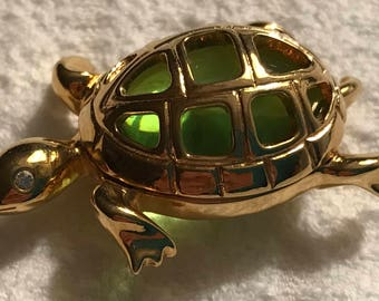 Vintage—Anne Klein—TURTLE—Pin—Gold Tone With Green Glass—Signed