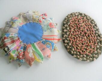 1950s Trivet, Pot Holders, Braided Rug Trivet, Feedsack Potholder, Handmade, Feedsack Trivet