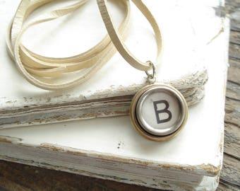 Typewriter Key Jewelry. Letter B Necklace. Vintage Typewriter Key Necklace. Personalized Initial. Adjustable Leather Necklace. Unisex Gift.