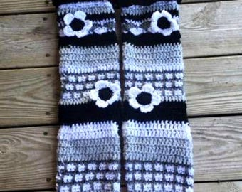 Crochet knee high, crochet leg warmers, Knee High Slipper Socks, Tube Socks, Knee Sock, boho socks, socks, yoga socks, leggins