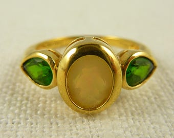 Size 7 Vintage Gold Plated Sterling Synthetic Emerald and Opal Ring