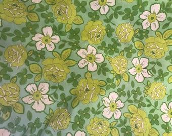 Fat Quarters Bundle, Vintage Sheet Fat Quarter, Fabric Bundle, Precut Fabric, Quilting Fabric Bundles, Precut Quilt Kit, Vintage Fabric