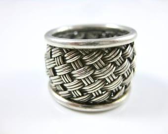 Size 5 1/2 Vintage Sterling Silver Basket Weave Ring