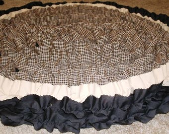 3' round country rug, cottage rug, black brown tan rug, rustic rug, cabin rug, area rug, shabby chic rug, accent rug