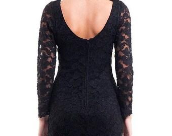 40% SUMMER SALE The Vintage 90s Lace Little Black Dress