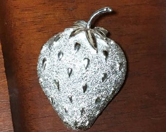 Christmas Sale Vintage SILVER STRAWBERRY Pin Brooch Signed Sarah Coventry