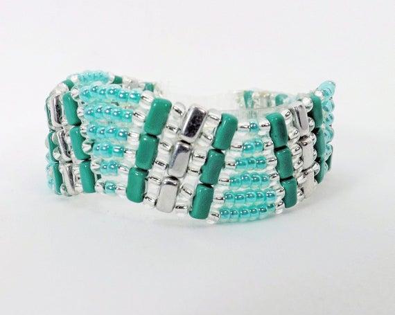A Wave of Turquoise & Aqua Bracelet SKU: BR1030